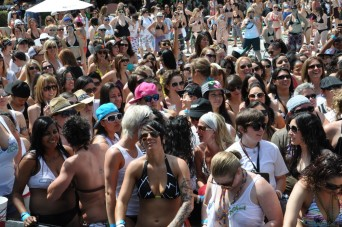 Club Skirts Dinah Shore Weekend crowd