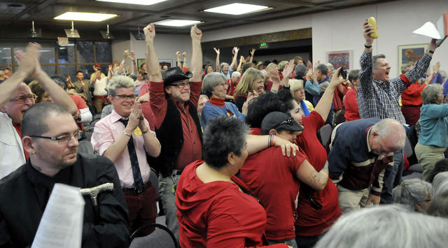 Same sex marriage Santa Fe New Mexico erupt in applause