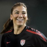 Hope Solo expresses disappointment with Brandi Chastain via Twitter