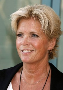 Actress and author Meredith Baxter co-chairs CLARE fundraiser