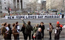 Court rejects challenge to New York same sex marriage law