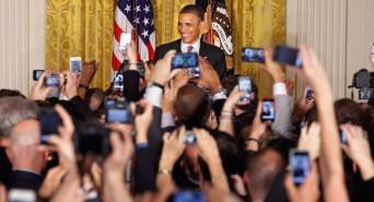 Obama wtih crowd