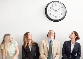People clockwatching