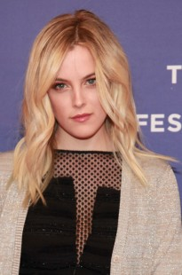 "Riley Keough portrays lesbian in ""Jack and Diane"""