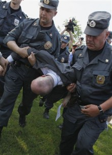Eight gay rights activists arrested in St. Petersburg, Russia