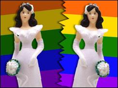 Lesbian brides splitting