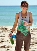 Sweet's Shannon Wentworth cleaning up a beach