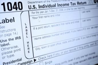 U.S. 1040 tax form