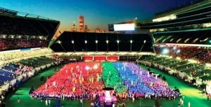 The Dinah rocks lesbians at the Gay Games 9
