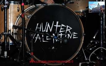 Hunter Valentine logo on drumkit
