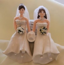 Illinois lesbian couple denied use of banquet hall