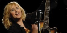 Melissa Etheridge kicks off Fearless Love World Tour